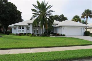 479 Lake Of The Woods Dr, Venice, FL 34293