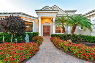 5339 Hunt Club Way, Sarasota, FL 34238