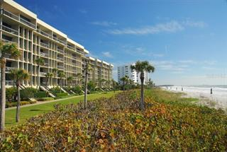 1045 Gulf Of Mexico Dr #303, Longboat Key, FL 34228