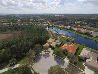 7516 Coventry Ct, Lakewood Ranch, FL 34202