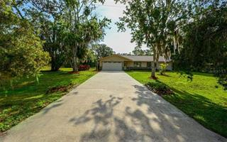 6312 98th St E, Bradenton, FL 34202