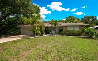 9006 59th Avenue Cir E, Bradenton, FL 34202