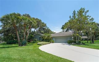 4371 Oak View Dr, Sarasota, FL 34232