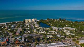 225 Hourglass Way #301, Sarasota, FL 34242