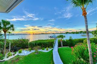 737 Eagle Point Dr, Venice, FL 34285