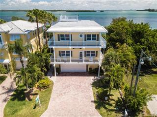 2405 Avenue A, Bradenton Beach, FL 34217