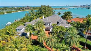 15 Lighthouse Point Dr, Longboat Key, FL 34228