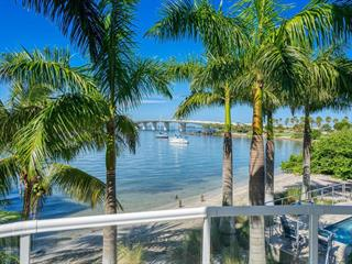136 Golden Gate Pt #102, Sarasota, FL 34236