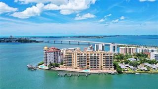 464 Golden Gate Pt #Ph9c, Sarasota, FL 34236