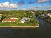 1502 Sandpiper Ln, Sarasota, FL 34239 - thumbnail 3 of 15