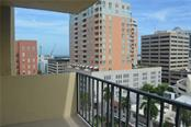 Partial Sarasota Bay view - Condo for sale at 101 S Gulfstream Ave #11a, Sarasota, FL 34236 - MLS Number is A4168207