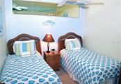 Guest bedroom - Condo for sale at 4621 Gulf Of Mexico Dr #11c, Longboat Key, FL 34228 - MLS Number is A4187979