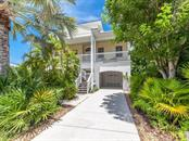 727 Holly Rd, Anna Maria, FL 34216
