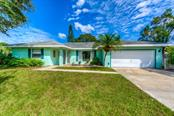Single Family Home for sale at 5611 43rd Ave E, Bradenton, FL 34208 - MLS Number is A4197711
