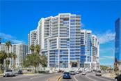 Exterior view - Condo for sale at 1155 N Gulfstream Ave #305, Sarasota, FL 34236 - MLS Number is A4202467