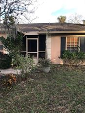 Single Family Home for sale at 6909 43rd Ct E, Sarasota, FL 34243 - MLS Number is A4423173