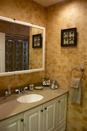 GUEST BATH - Single Family Home for sale at 4828 Greenleaf Rd, Sarasota, FL 34233 - MLS Number is A4456695