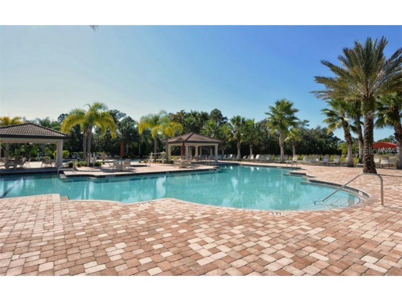 Single Family Home for sale at 1975 Batello Dr, Venice, FL 34292 - MLS Number is N5911919