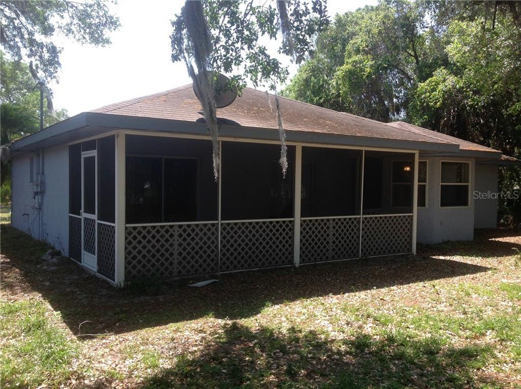 Rear Exterior - Single Family Home for sale at 4016 Bula Ln, North Port, FL 34287 - MLS Number is N5912484