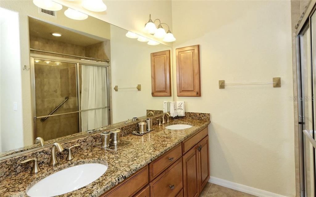 Master Bath - Condo for sale at 500 San Lino Cir #524, Venice, FL 34292 - MLS Number is N5912607