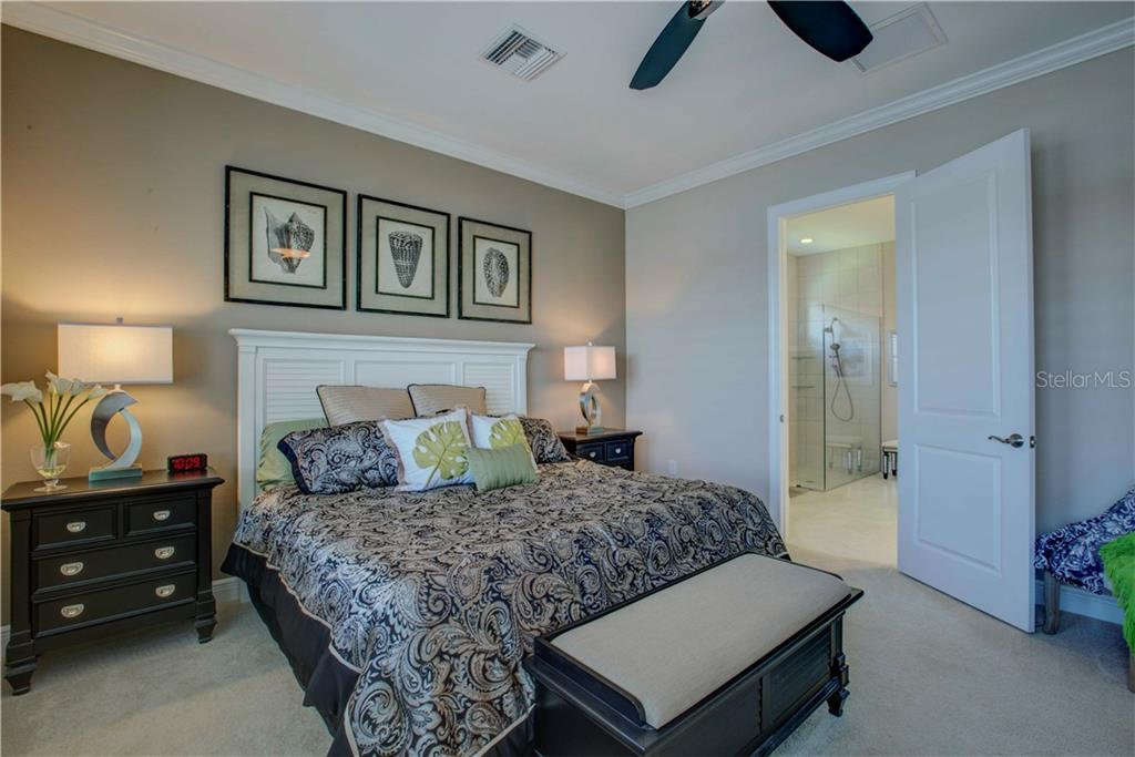 Master Bedroom - Single Family Home for sale at 23692 Waverly Cir, Venice, FL 34293 - MLS Number is N5912967