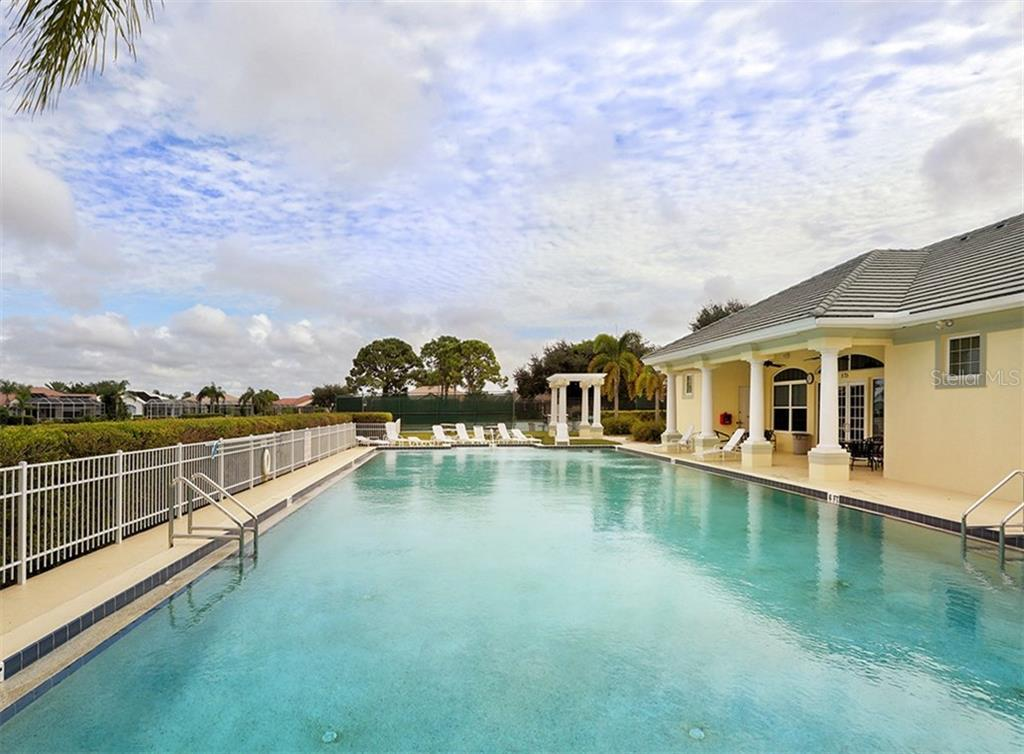 Community pool - Single Family Home for sale at 683 May Apple Way, Venice, FL 34293 - MLS Number is N5913909