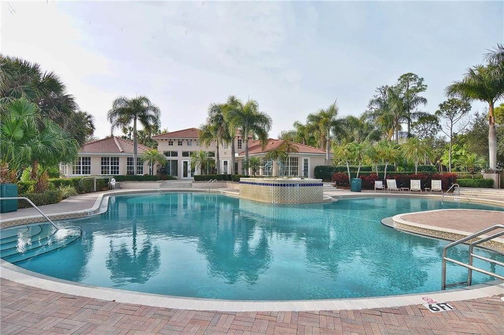 Single Family Home for sale at 627 Pond Willow Ln, Venice, FL 34292 - MLS Number is N5914386