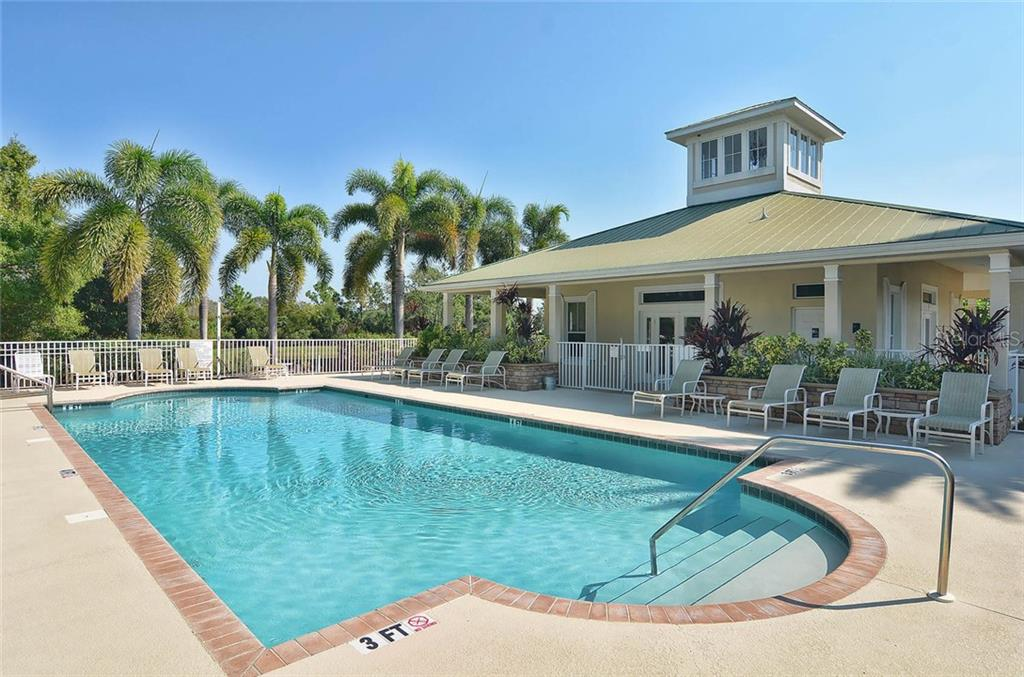 Clubhouse/pool - Single Family Home for sale at 9124 Coachman Dr, Venice, FL 34293 - MLS Number is N5914408