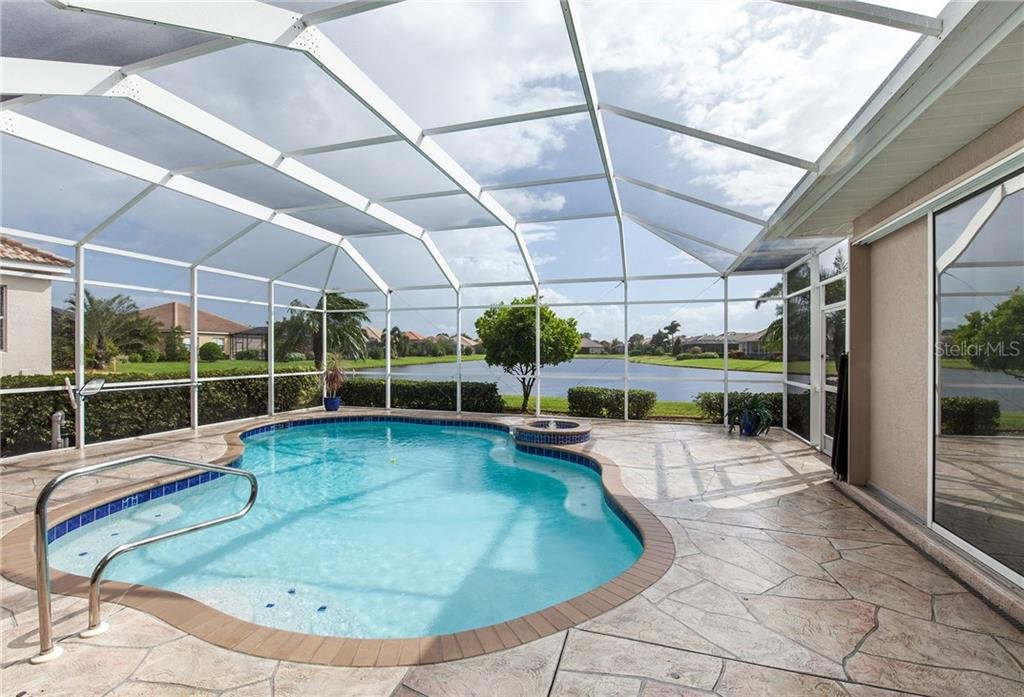 Beautiful Pool Area with Newer Screening & Pool Pump - Single Family Home for sale at 366 Turtleback Xing, Venice, FL 34292 - MLS Number is N5914504