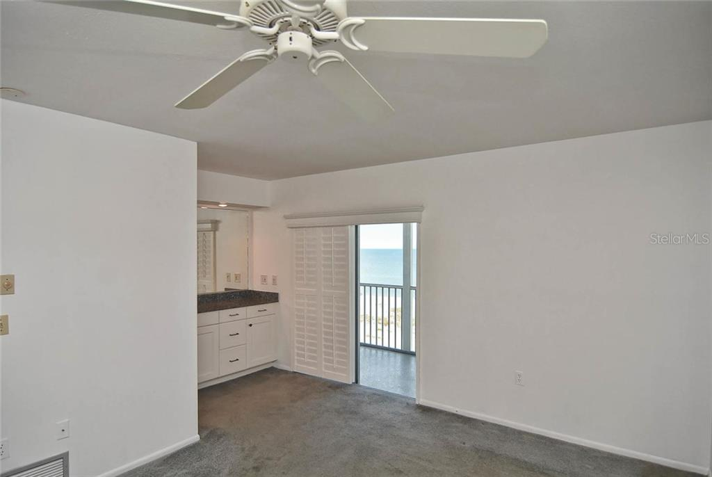 Master bedroom - Condo for sale at 333 The Esplanade N #402, Venice, FL 34285 - MLS Number is N5914981