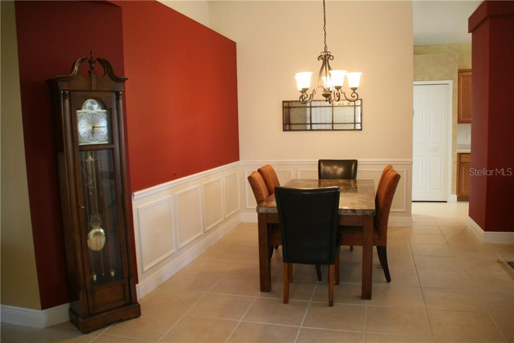 Dining room - Single Family Home for sale at 23900 Waverly Cir, Venice, FL 34293 - MLS Number is N5916470