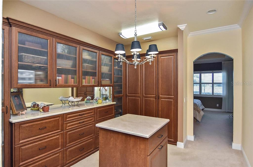 Master closet - Single Family Home for sale at 277 Martellago Dr, North Venice, FL 34275 - MLS Number is N6100209