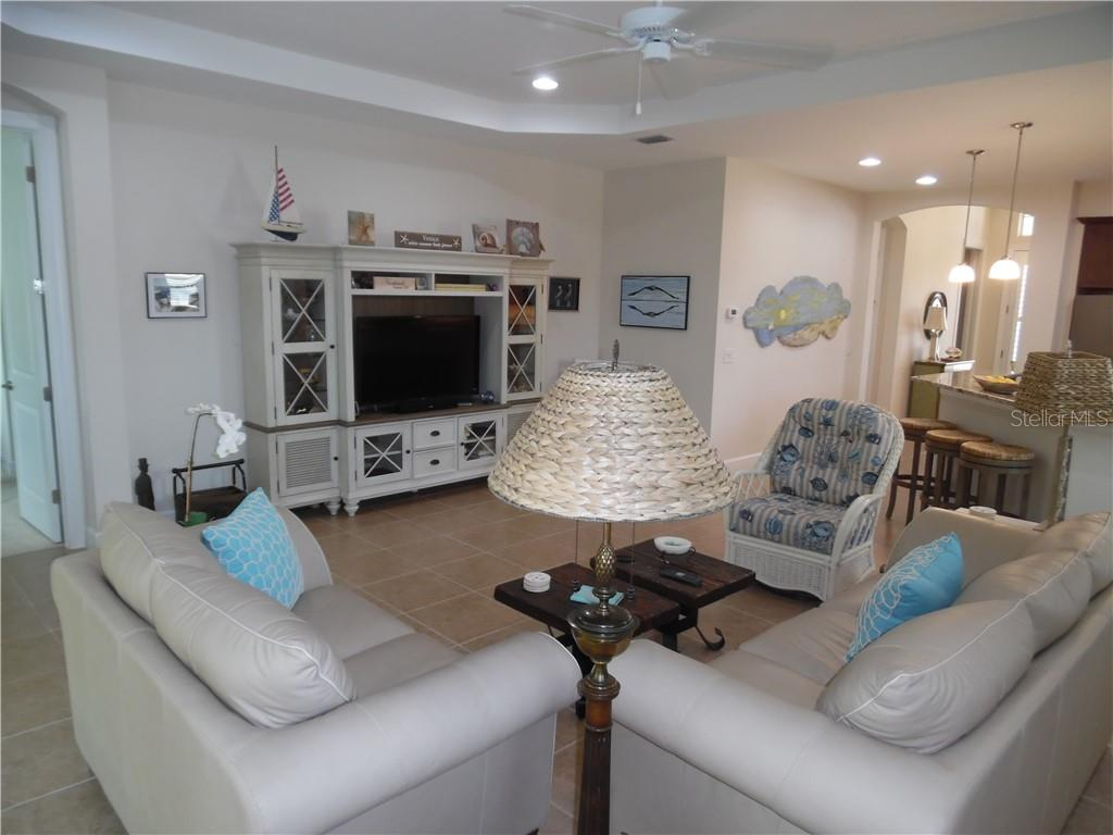 living room - Single Family Home for sale at 239 Nolen Dr, Venice, FL 34292 - MLS Number is N6101457