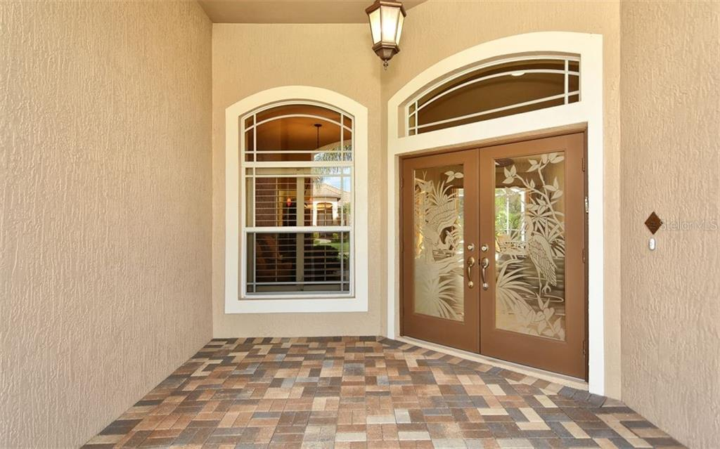 Entry - Single Family Home for sale at 913 Chickadee Dr, Venice, FL 34285 - MLS Number is N6101770