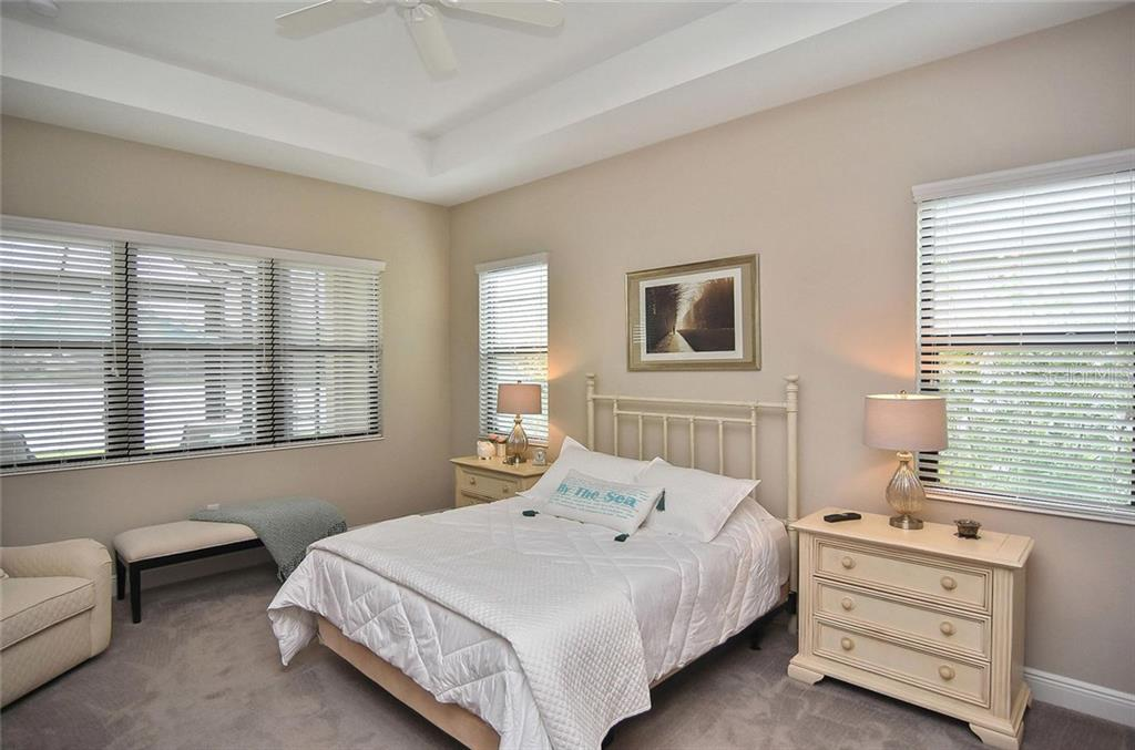 Master bedroom - Single Family Home for sale at 21220 St Petersburg Dr, Venice, FL 34293 - MLS Number is N6101838