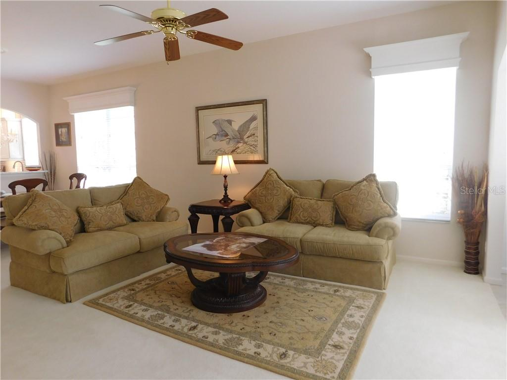 Villa for sale at 863 Tartan Dr #1phase, Venice, FL 34293 - MLS Number is N6102786