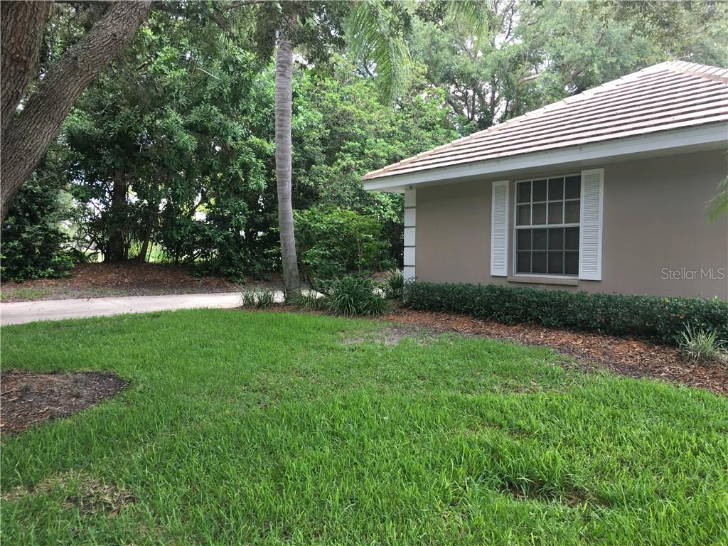 DECLARATION OF CONDO DOCS - Villa for sale at 572 Clubside Cir #34, Venice, FL 34293 - MLS Number is N6105221