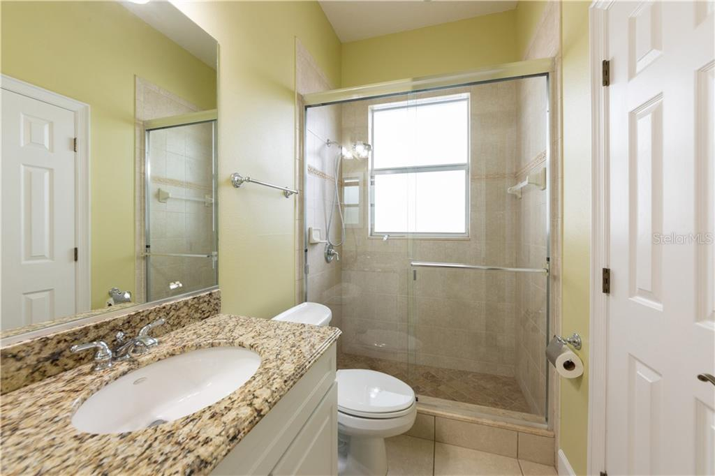 2nd Bath - Single Family Home for sale at 714 Shakett Creek Dr, Nokomis, FL 34275 - MLS Number is N6107563