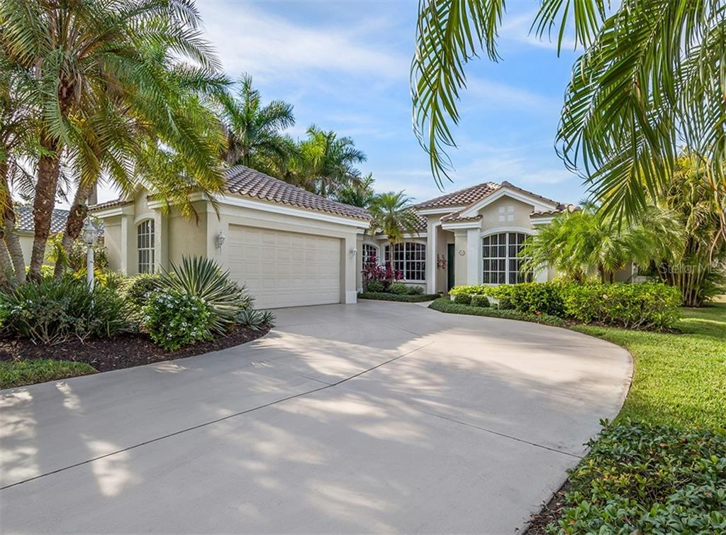 Venice Golf & Country Club Information - Single Family Home for sale at 523 Cheval Dr, Venice, FL 34292 - MLS Number is N6108253