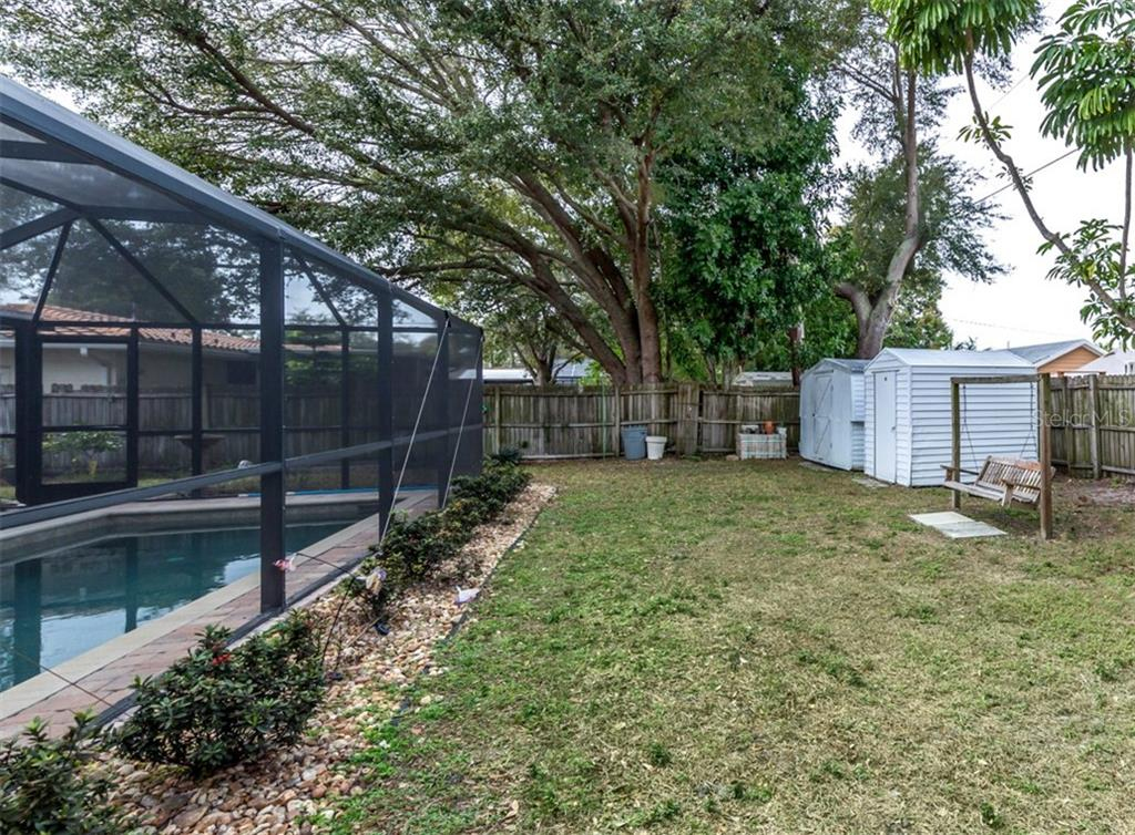 Large banyan tree on property - Single Family Home for sale at 508 Nassau St S, Venice, FL 34285 - MLS Number is N6109180