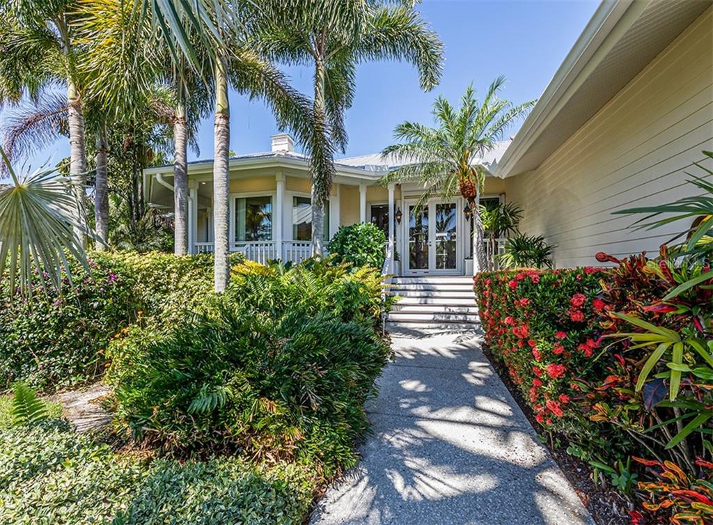 Sellers Disclosure, HOA, floor plan, El Cert and FAQ - Single Family Home for sale at 727 Eagle Point Dr, Venice, FL 34285 - MLS Number is N6110087