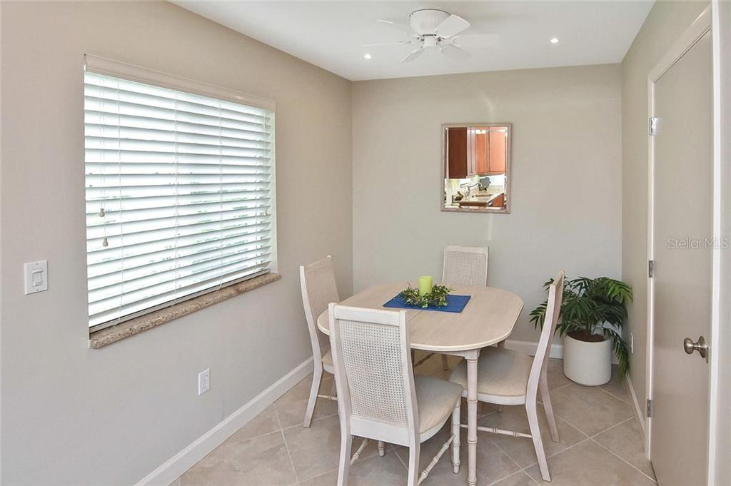 Dining area - Condo for sale at 862 Golden Beach Blvd #862, Venice, FL 34285 - MLS Number is N6110157
