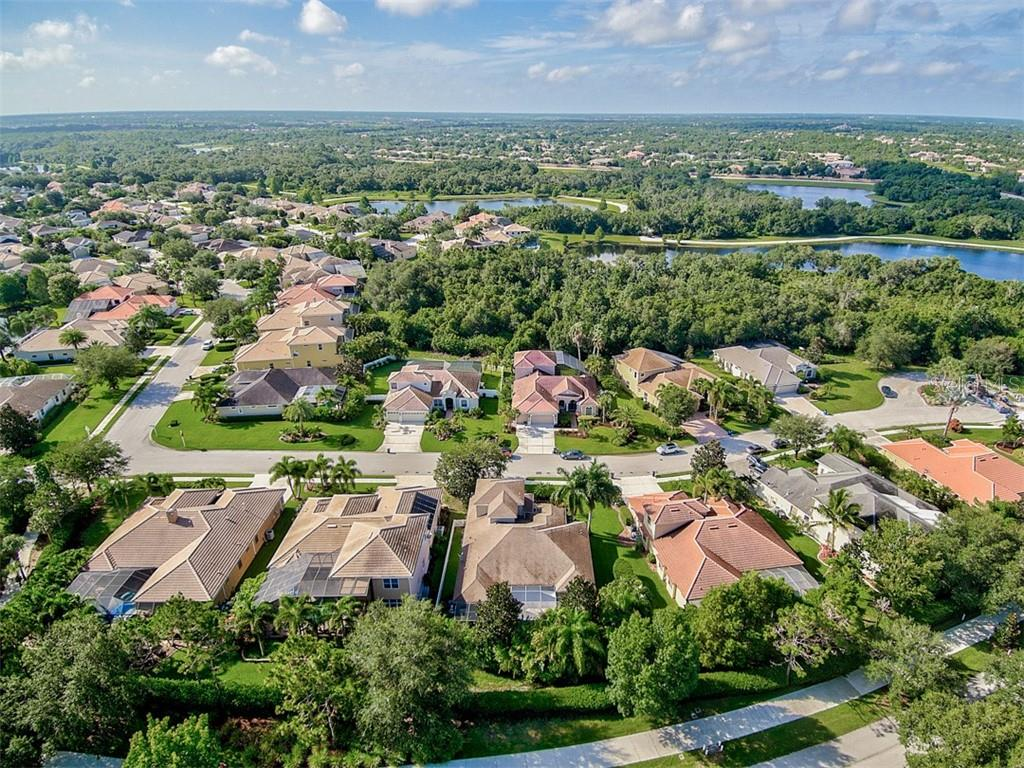Single Family Home for sale at 13223 Brown Thrasher Pike, Lakewood Ranch, FL 34202 - MLS Number is N6111150
