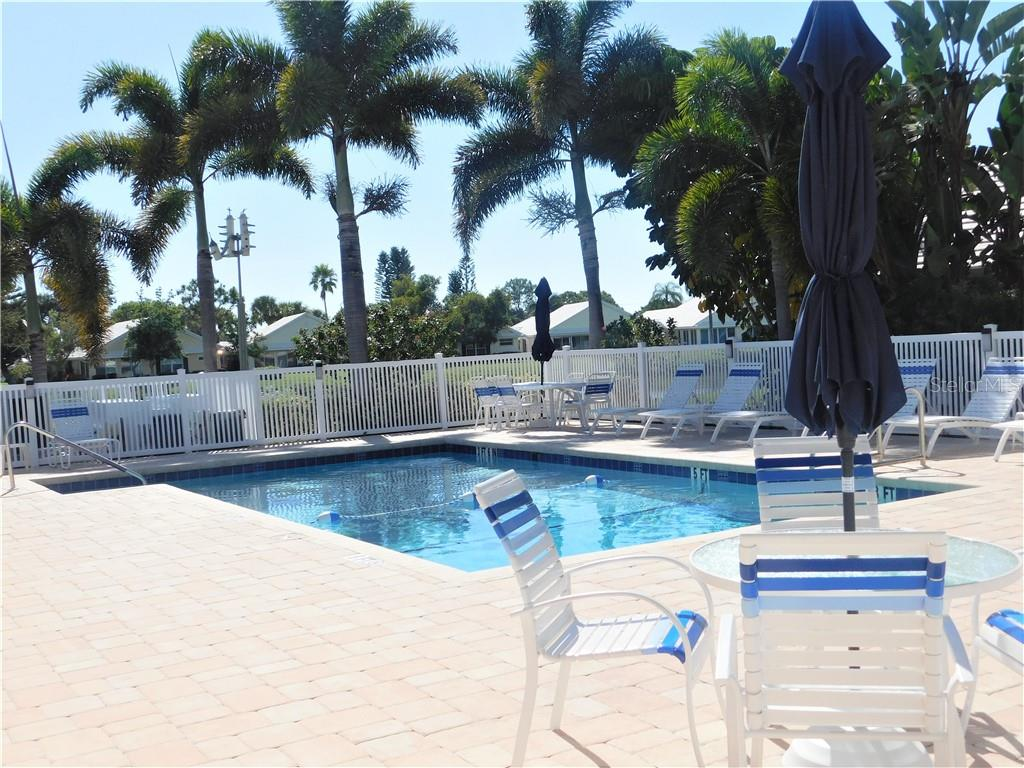 Community Pool - Villa for sale at 743 Harrington Lake Dr N #29, Venice, FL 34293 - MLS Number is N6111290