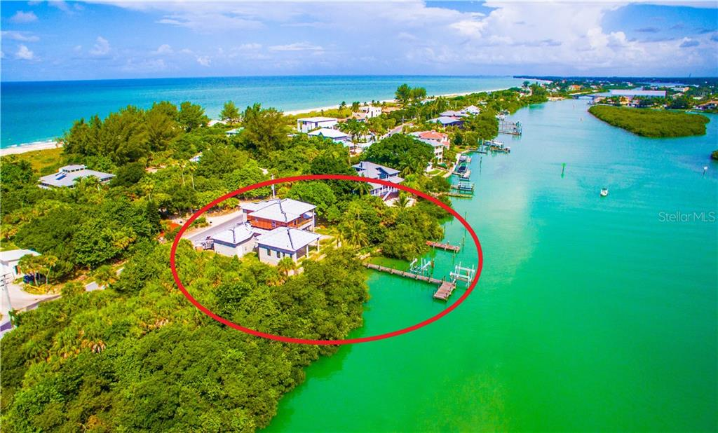 Single Family Home for sale at 717 S Casey Key Rd, Nokomis, FL 34275 - MLS Number is N6111581