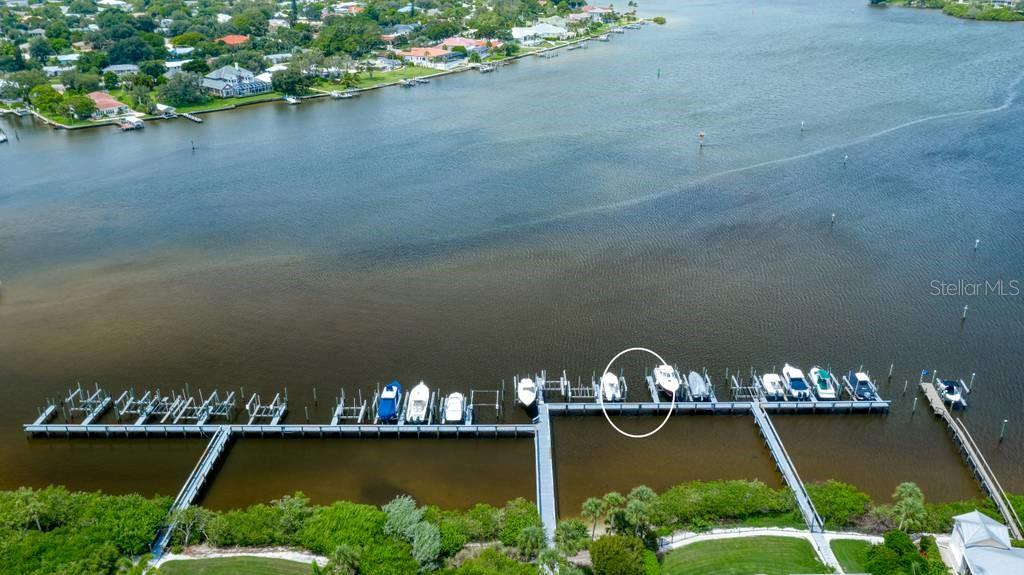 Aerial - Single Family Home for sale at 725 Eagle Point Dr, Venice, FL 34285 - MLS Number is N6111842