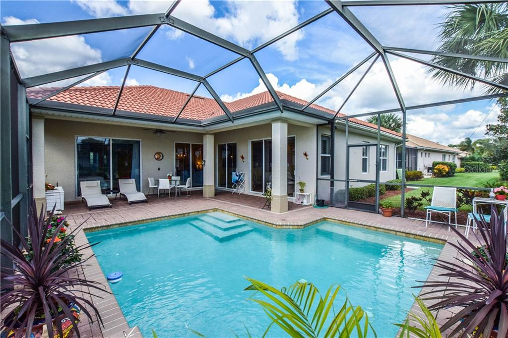 Pool, lanai - Single Family Home for sale at 154 Rimini Way, North Venice, FL 34275 - MLS Number is N6112459