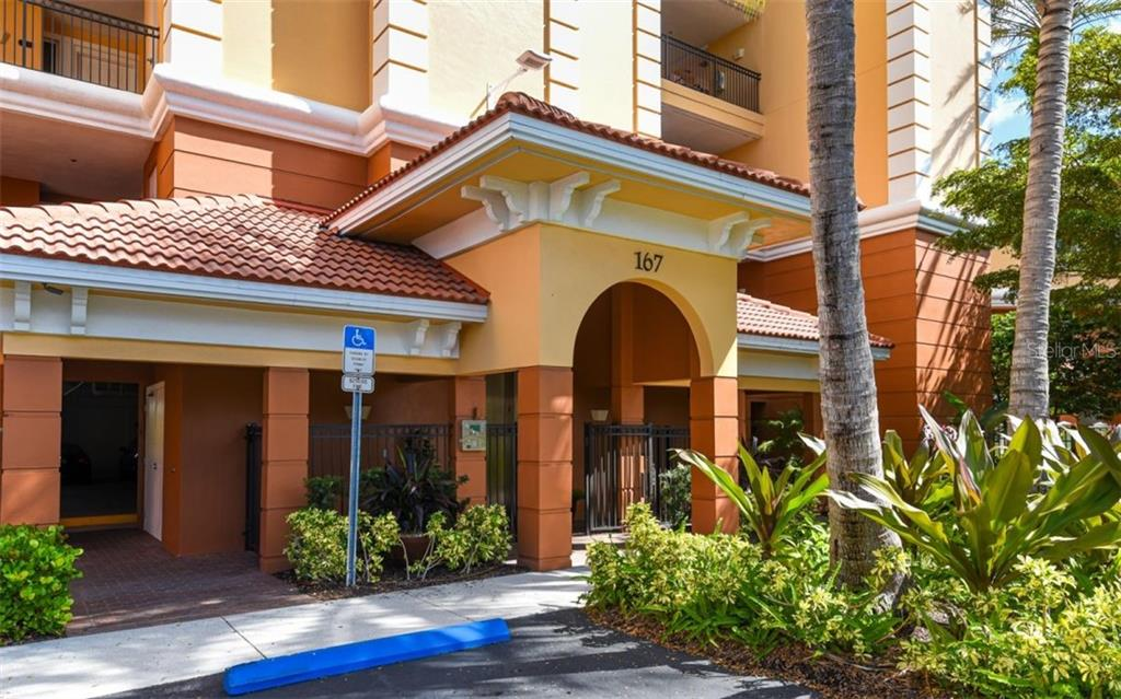 Front entry with key fob - Condo for sale at 167 Tampa Ave E #313, Venice, FL 34285 - MLS Number is N6112536