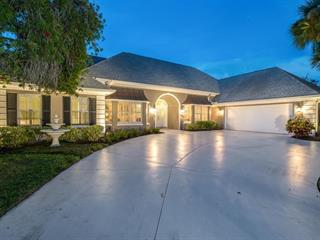 26 Golf View Dr, Englewood, FL 34223