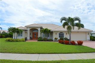 537 Lake Of The Woods Dr, Venice, FL 34293